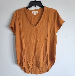 Cloth and stone rayon t shirt size small in camel